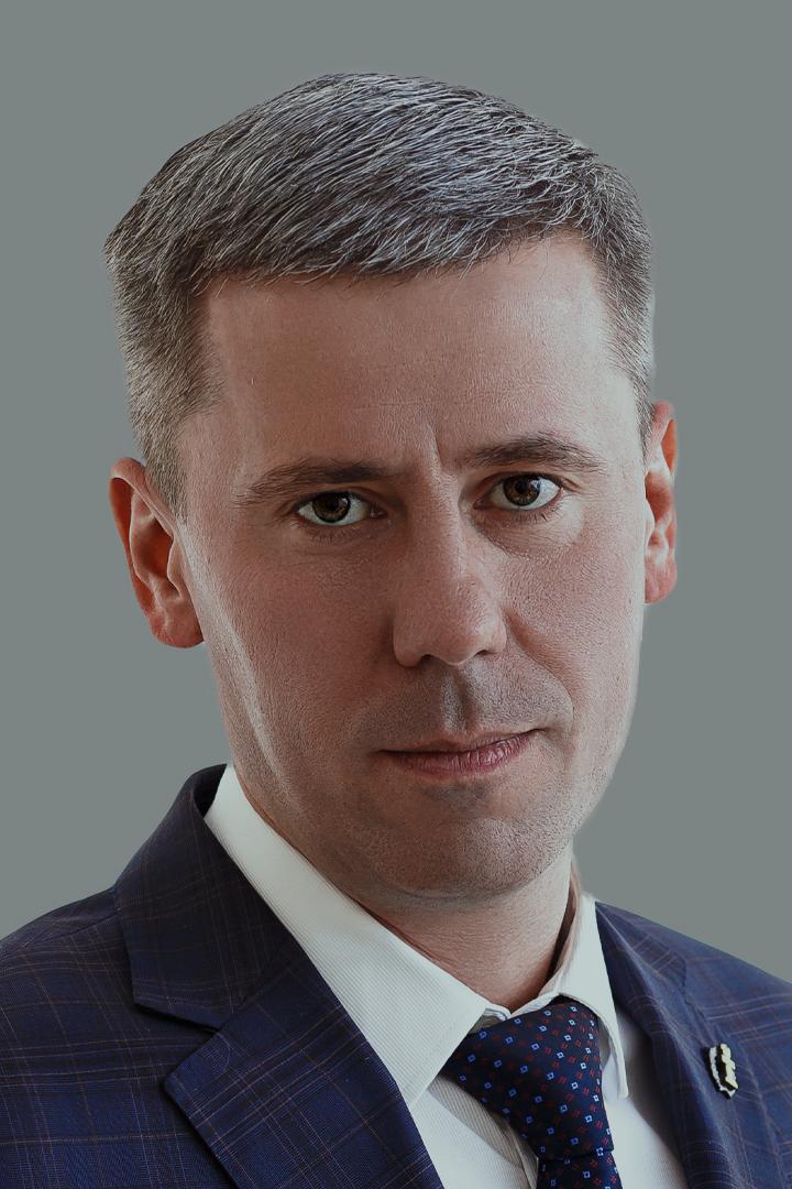 Олег Олезов